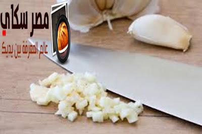 شاهد ماذا يفعل طبخ الثوم وفائدتة الغذائية العظيمة ؟