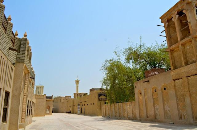 Ghé thăm trung tâm cổ kính Bastakiya của Dubai
