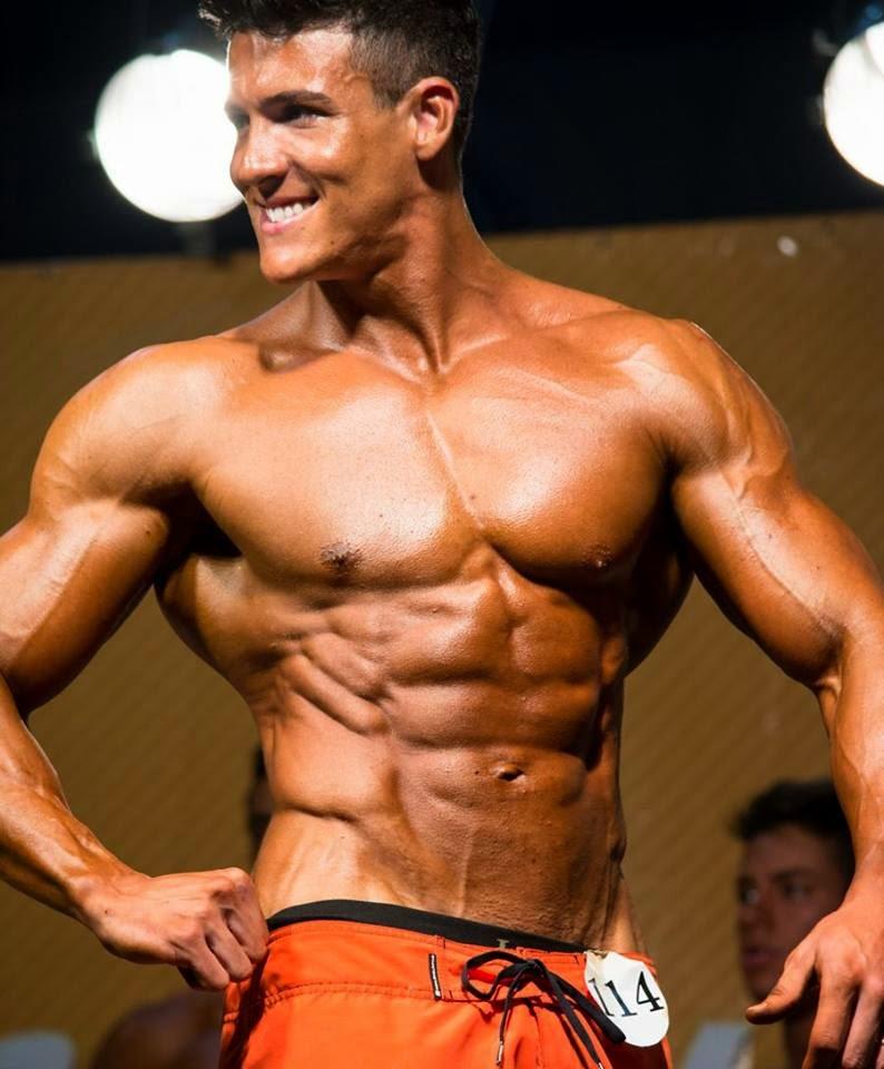 Atleta Men's Physique acima de 1,78cm que preparei para o Estreantes da IFBB - RS