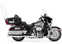2011-Harley-Davidson-FLHTCU-Ultra-Classic-Electra-Glide