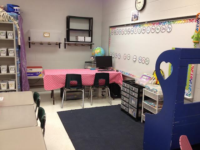 3 Teacher Chicks Classroom Setup With Lots Of Freebies