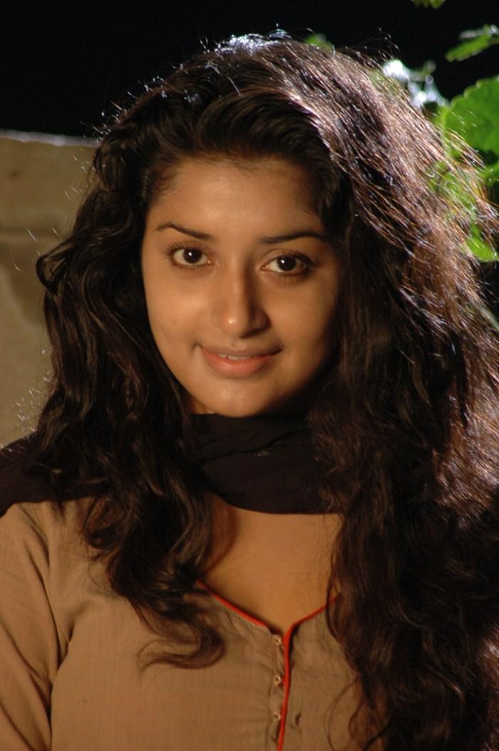 Telugu Movie Club Meera Jasmine Latest Hot Photo Stills