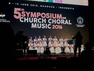 Inggou Victory Children Choir Concert di Symposium on Church Choral Music di Bandung
