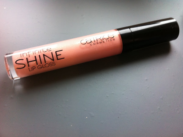 Catrice infinite shine lip gloss 050 Sugar Crush.
