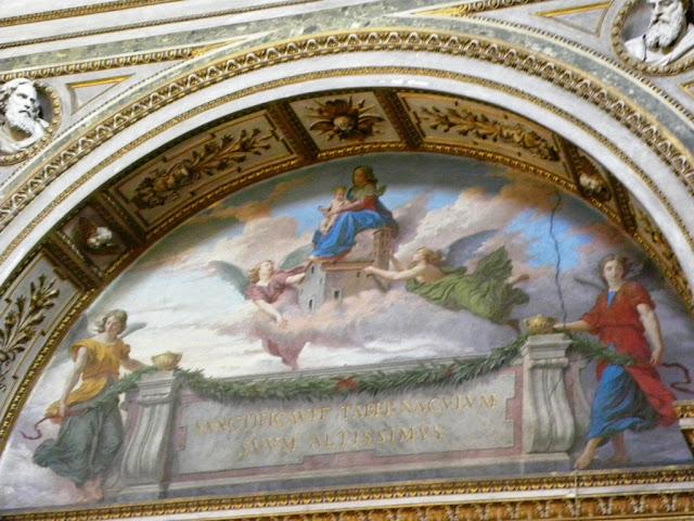 Piazza Venezia Maria Church