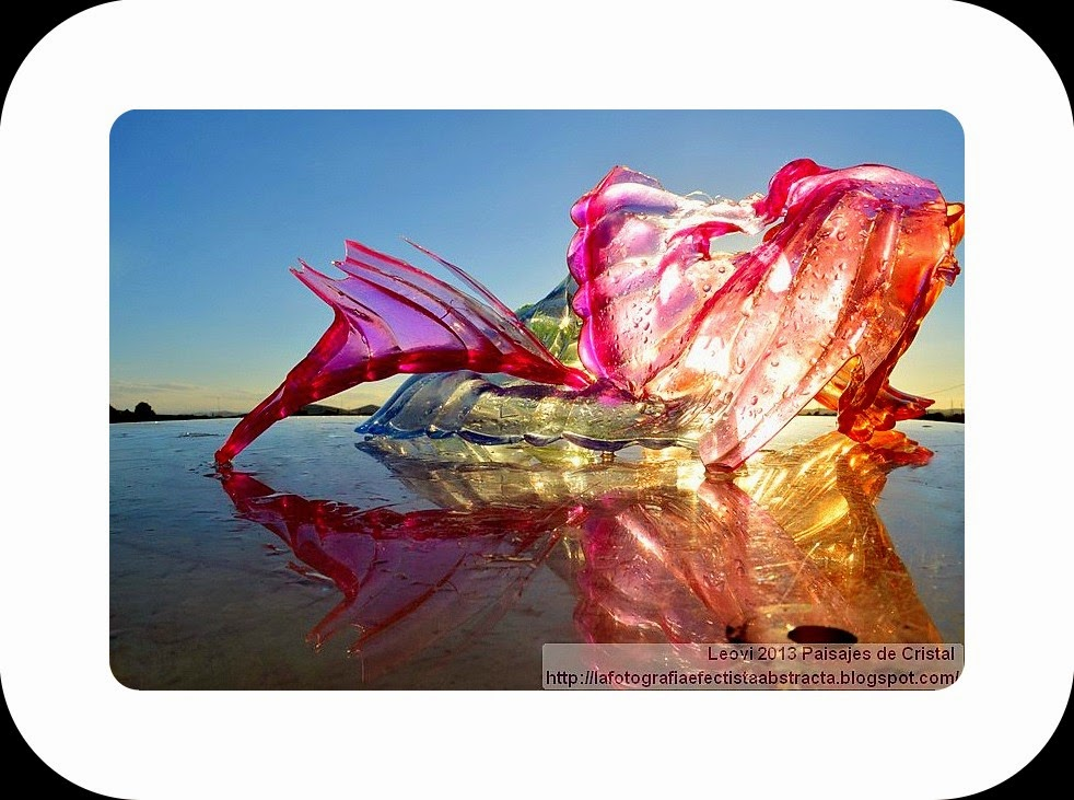 Abstract Photo 3310 Crystal Landscape 180  Love Soul spilling her shame - Alma enamorada derramando su pudor