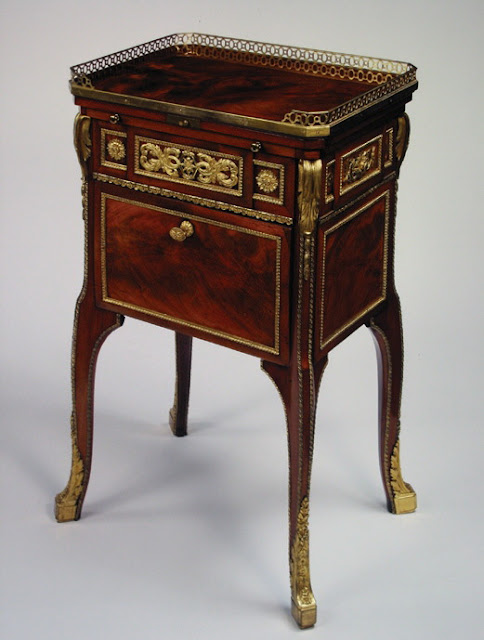 Toilet and writing-table Attributed to Jean-Henri Riesener (1734 - 1806) France 1780 - 1784