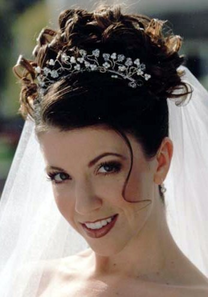 Wedding Hairstyle Curly Wedding Hairstyles To The Side Curly Wedding
