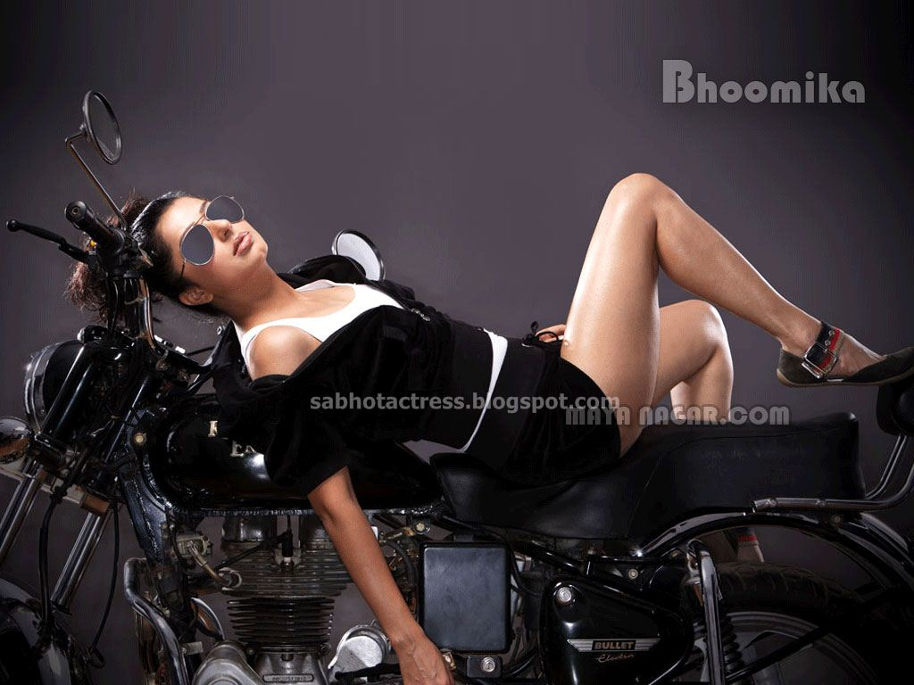 Bhumika%2BThigh%2BShow2 Gaga   Free Hardcore Sex! babes hardcore sex