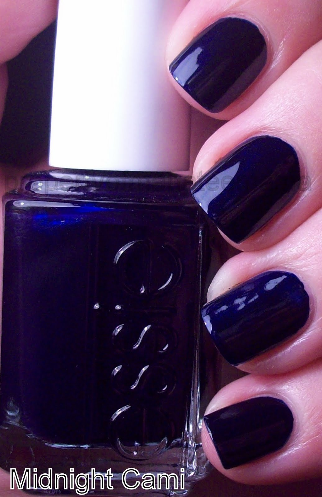 Beautytiptoday.com: Great For Fall 2012: Navy Nails As Kristen ...