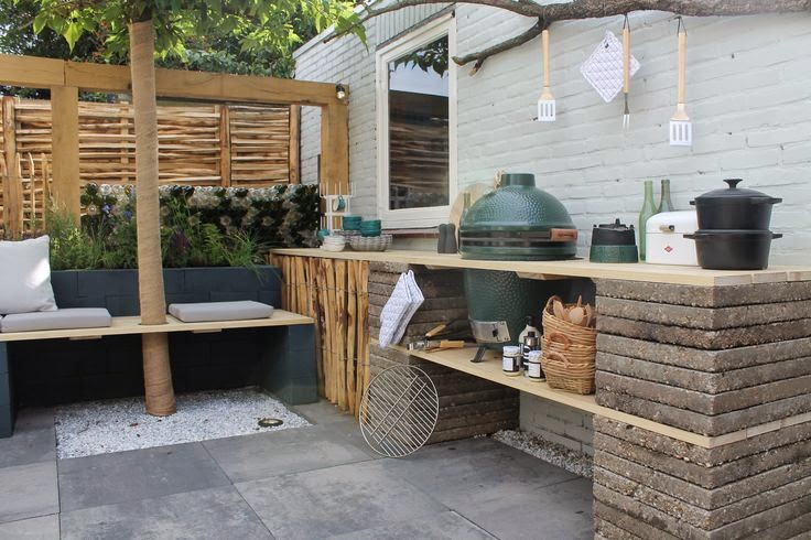 out Door Kitchen Photo