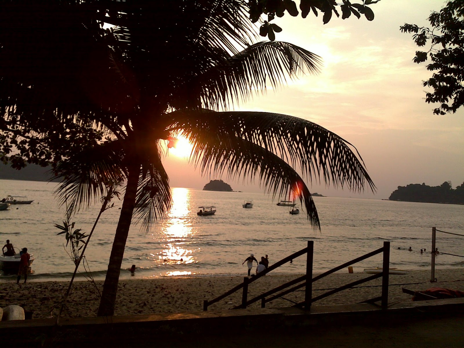 pangkor island trip I went on a 3 days 2 nights trip to pangkor island with my best friend, shamzzy i am delighted to share my experience and the details of my entire trip.