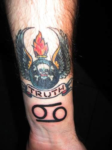 cancer zodiac symbol tattoos