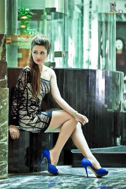 yuvika choudary sexy photos latest stills