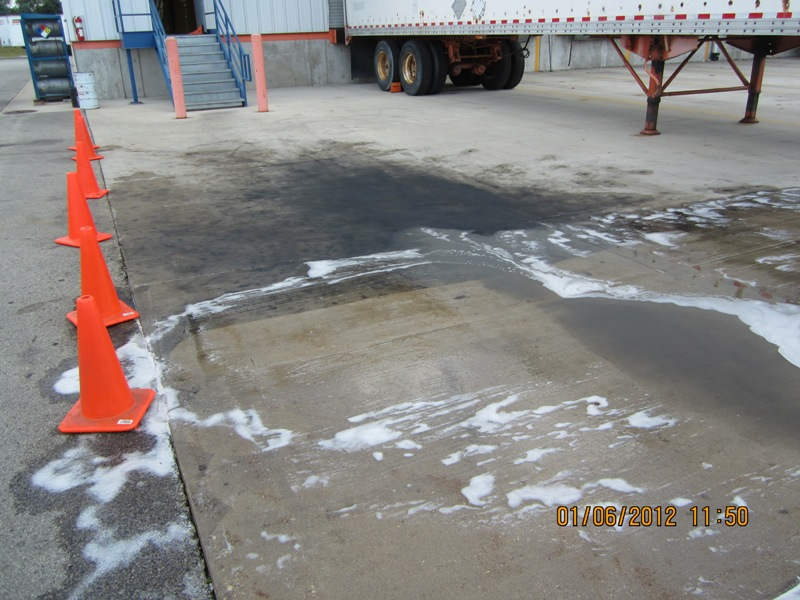 Eatoils newsblog oil stains on concrete bt200 tm to the for Concrete surface cleaner