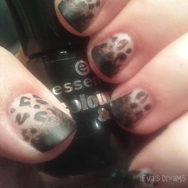 Nails of the week: Nail Design - Matte Leo Nägel