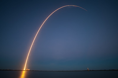 200 Proofs Earth is Not a Spinning Ball FALCON-9-AND-SES-8-LAUNCH-FROM-SPACEXS-LAUNCH-PAD-AT-CAPE-CANAVERAL