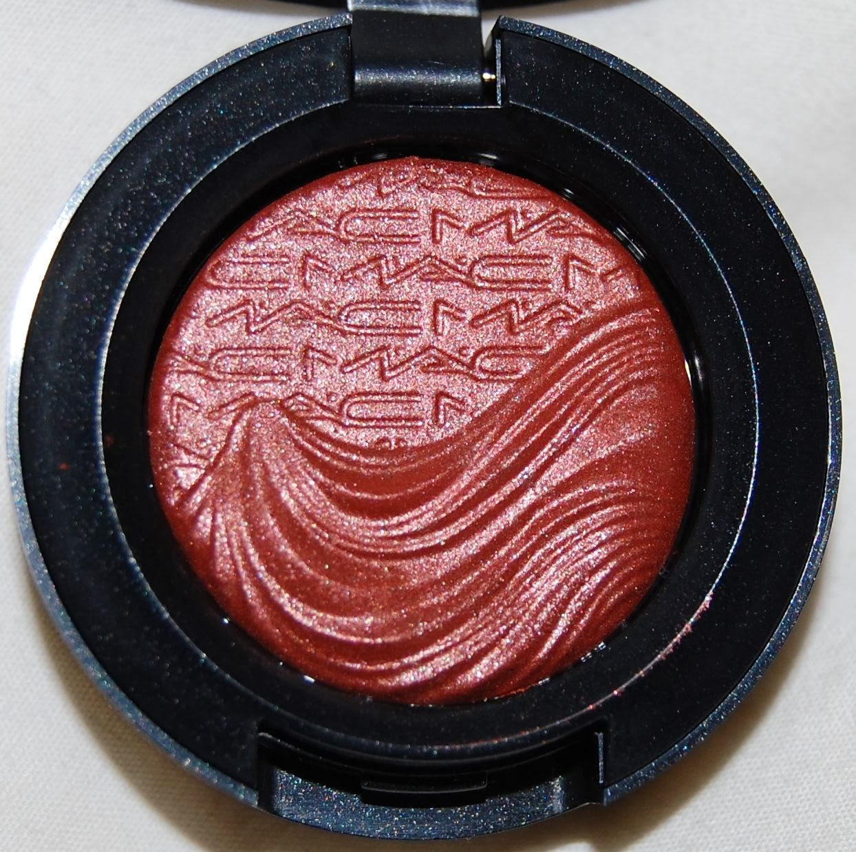 beauty squared: MAC Magnetic Nude Extra Dimension Blush in