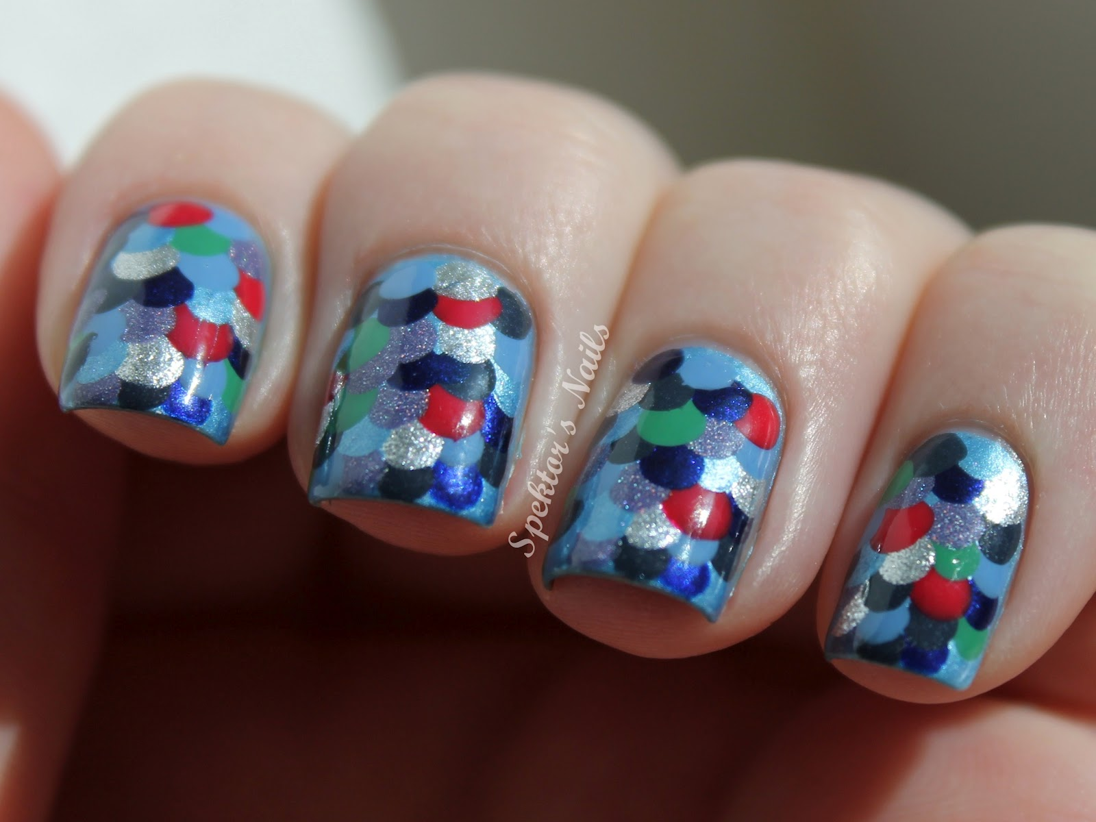 download this Rainbow Fish Nails picture