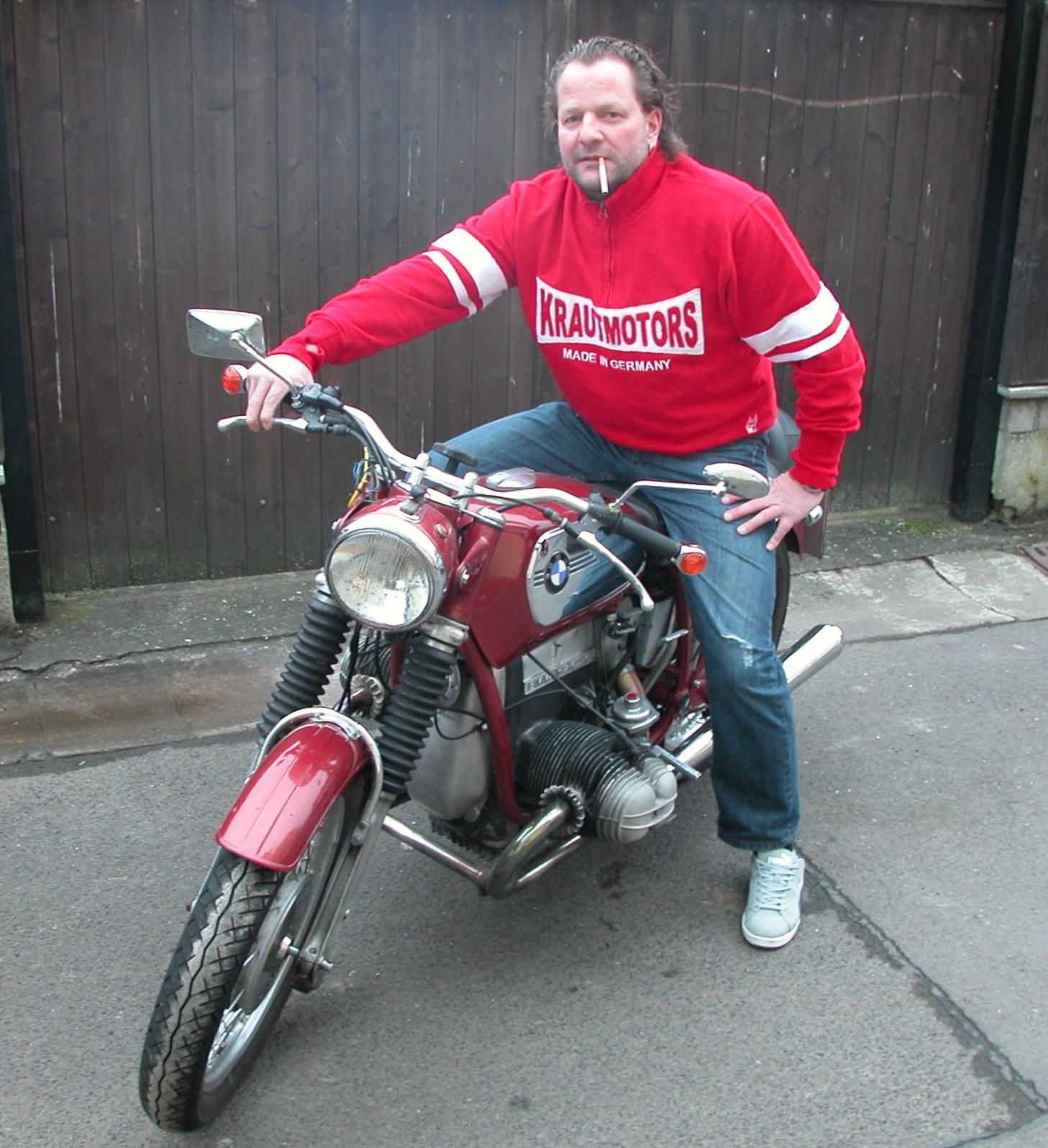 http://www.krautmotors.de/product_info.php/info/p40_Krautmotors--Race-Sweater-.html