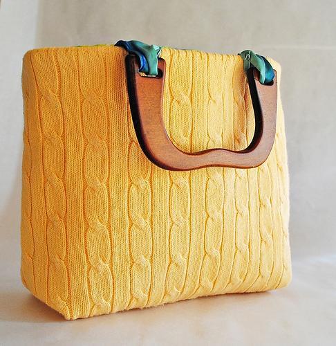Como hacer una cartera o bolso con un buzo
