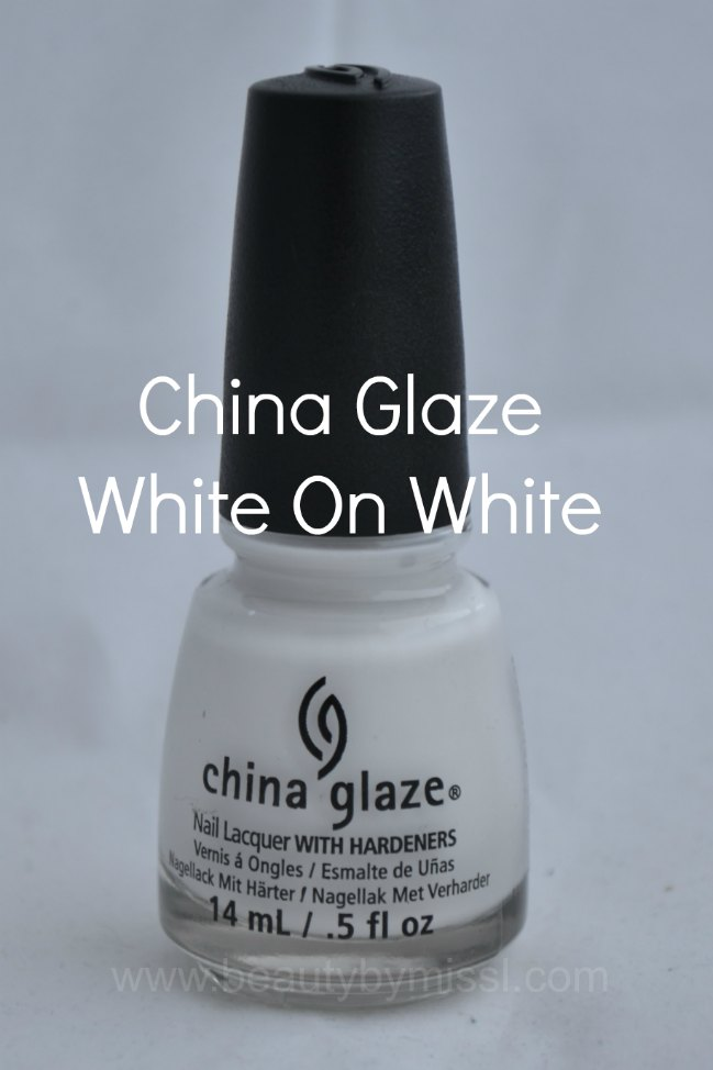 white nails polish, white nails, manicure, swatches, notd, nails of the day