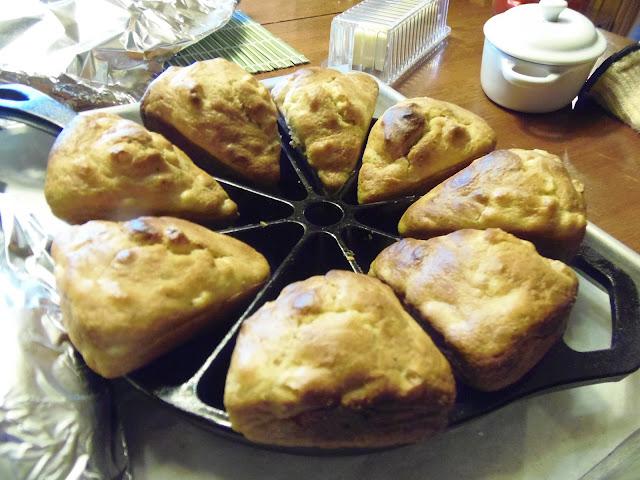 Cast Iron Grilled Skillet Cornbread Recipe