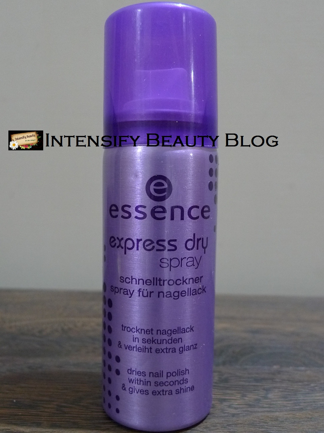 Quick dry your nail colors with Essence Express Dry Spray ...