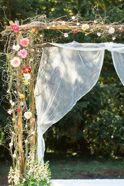 vine wrapped wedding arch