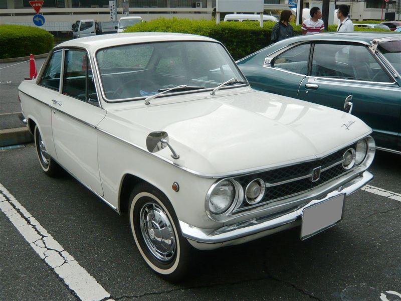 Mazda Familia Coupe クラシックカー