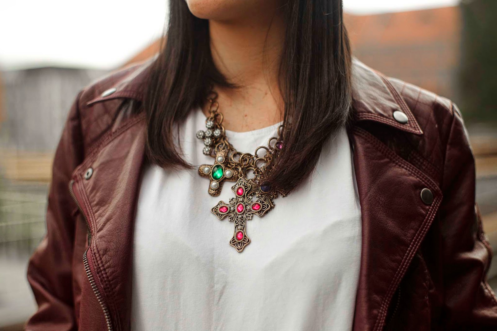 crosses_necklace_accessorize_jewelery_chicetoile_francescacastellano
