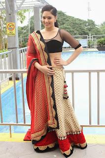Actress Nikesha Patel  Pictures at Karaiyoram Movie Launch  6.jpg