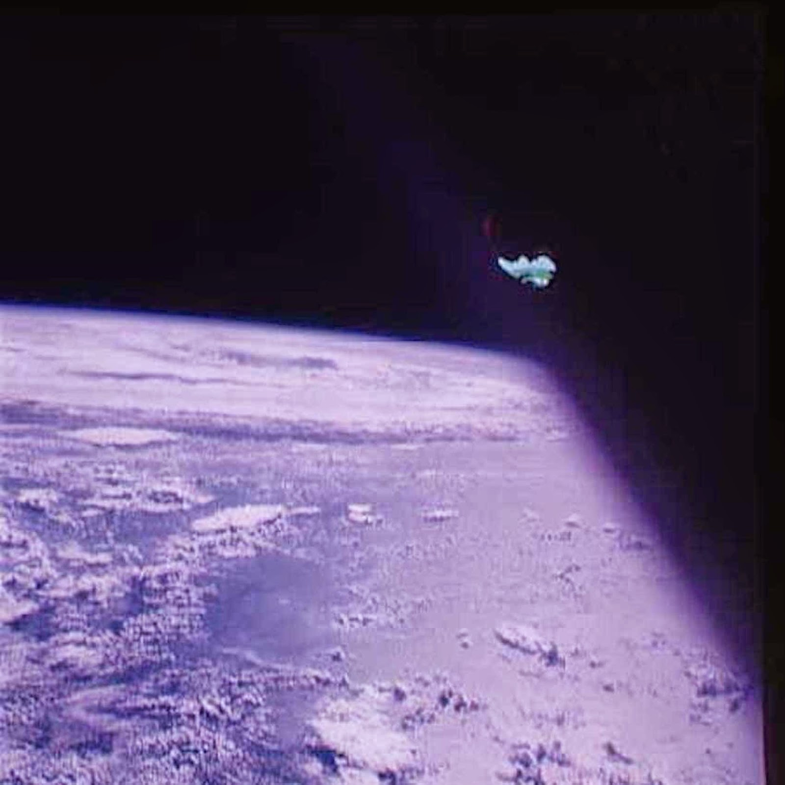 Alien Ship Seen Close Up On Apollo 7 Mission, NASA Source, Jan 2015 UFO Sighting News.
