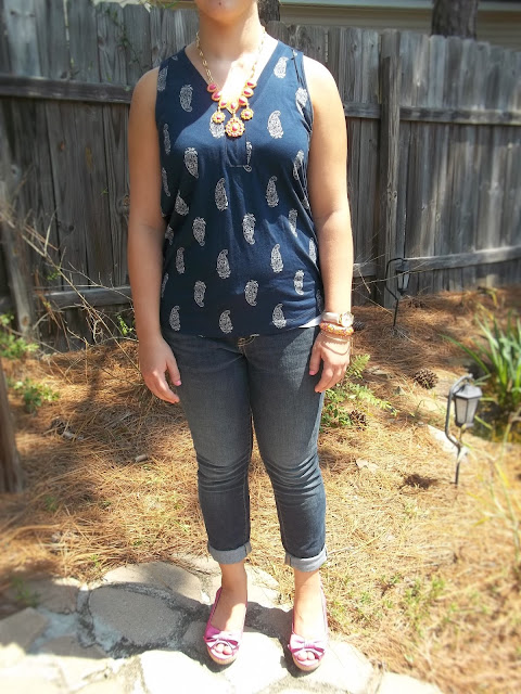 paisley arm party arm candy navy pink orange statement necklace skinny jeans wedges outfit