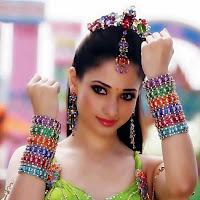 Tamanna from himmatwala looking hot sexy seductive