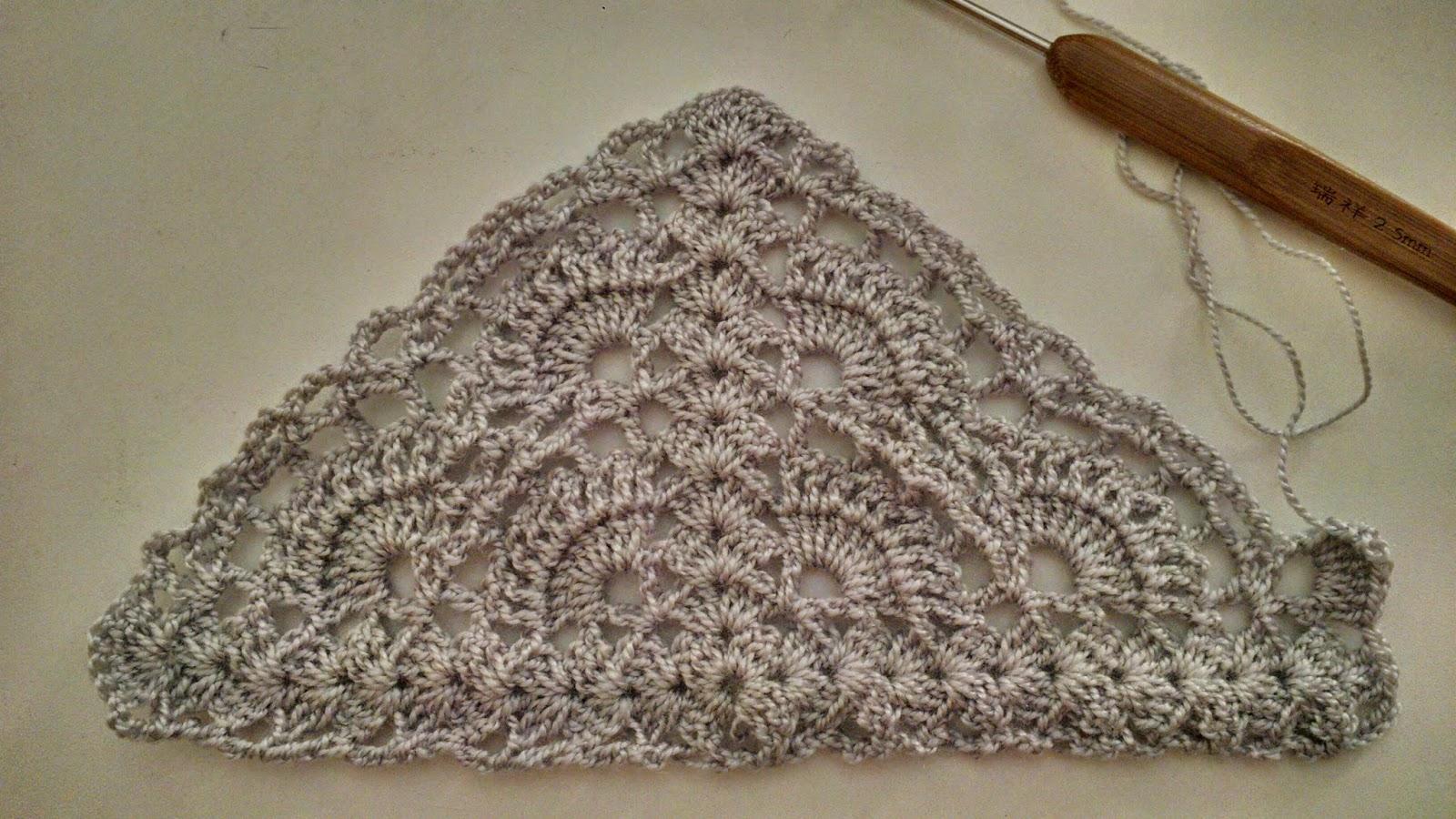 Chal triangular al crochet con patron ideas para - Ideas para hacer ganchillo ...