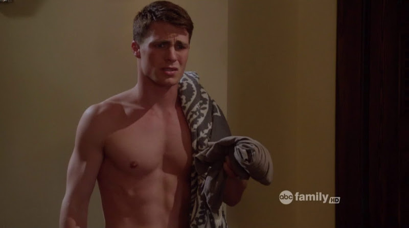 Colton Haynes Shirtless in the Nine Lives of Chloe King s1e07