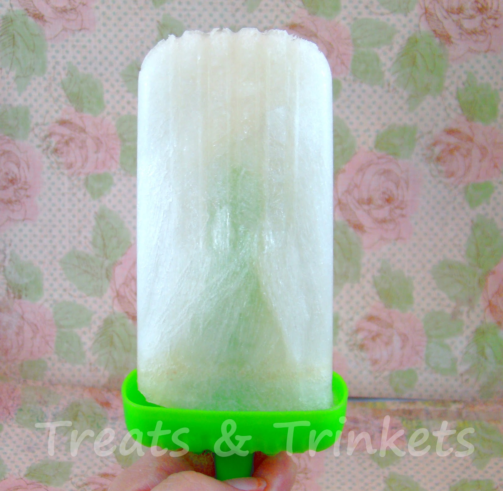 Treats & Trinkets: Cherry Limeade and Lemon Lime Ice Pops