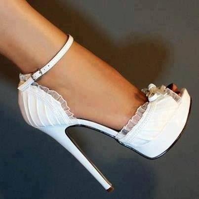la chica de los 1001 zapatos: zapato de boda: sueÑos de altura