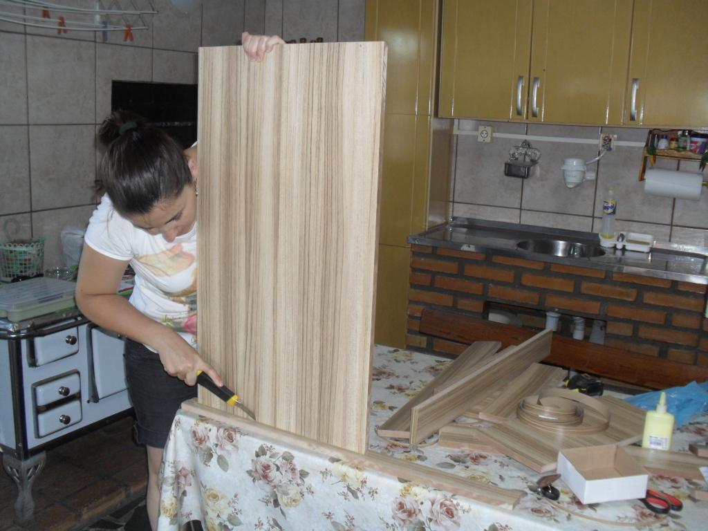 Lar Barth Ceroni: Construindo a bancada e o móvel do banheiro!! #5D4832 1024x768 Bancada Banheiro Largura