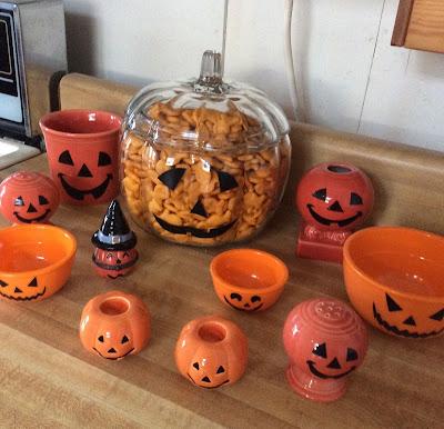 goldfish pumpkin jar Halloween decoration