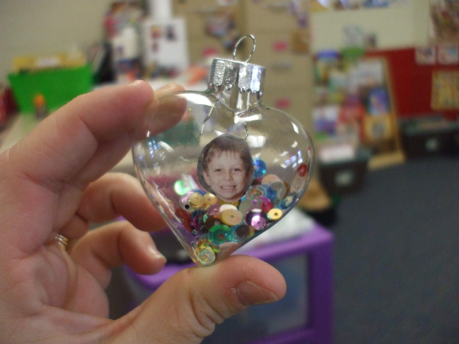 Christmas Gift Ideas For Kindergarten Parents : Mrs huff s kinder reindeer menorahs parent gifts