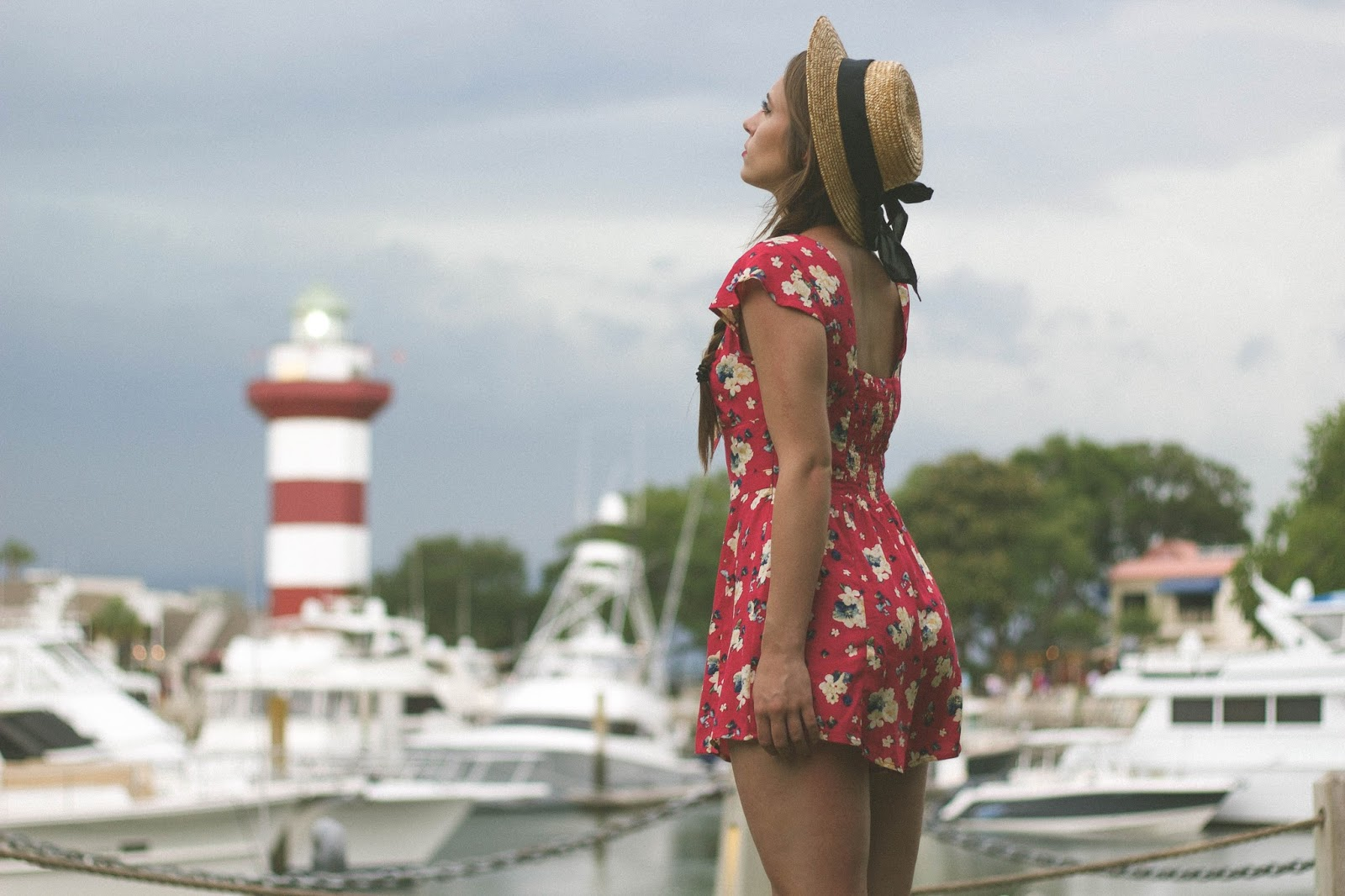 Vintage, retro, style, vintage style, retro style, romper, floral, boater hat, taylor swift style, summer outfit, beach outfit, beachwear retro, forever 21, classic, fashion, personal style blogger, fashion blogger, movie blogger, film blogger, girly,