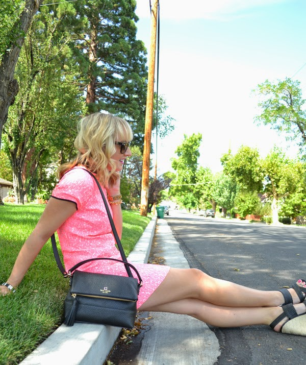 pink banana republic dress, nevada fashion blog, style blogger, black kate spade purse, ray-bans