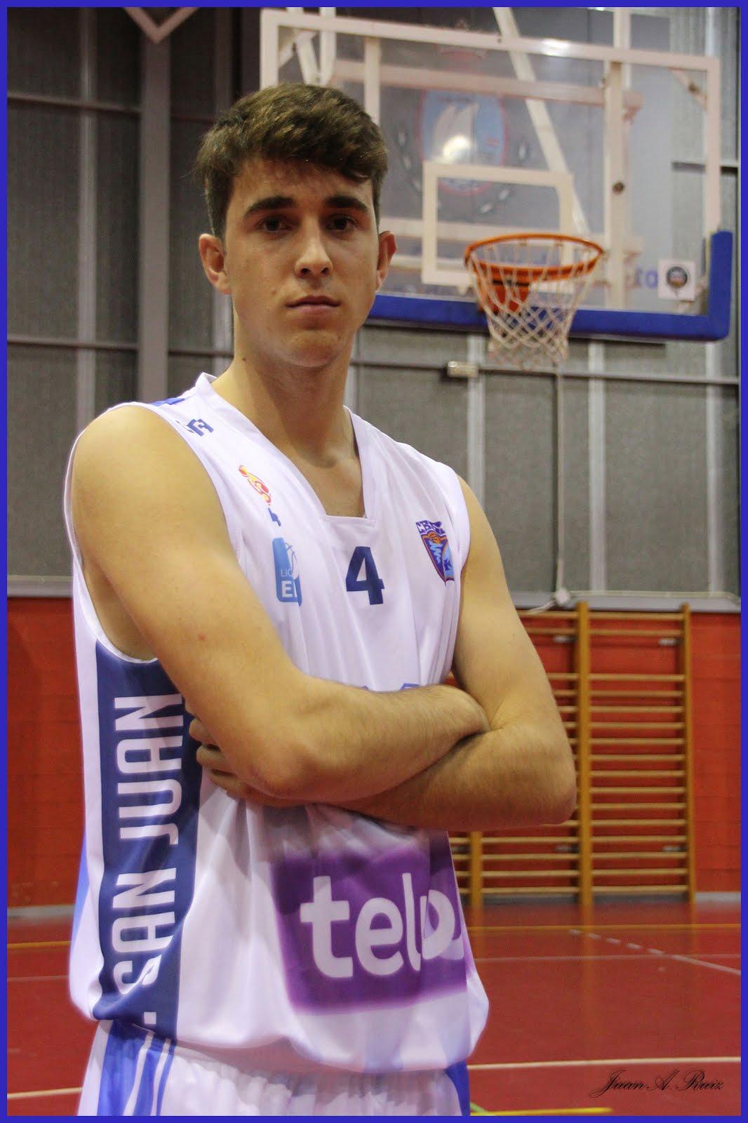 GONZALO DOMINGUEZ