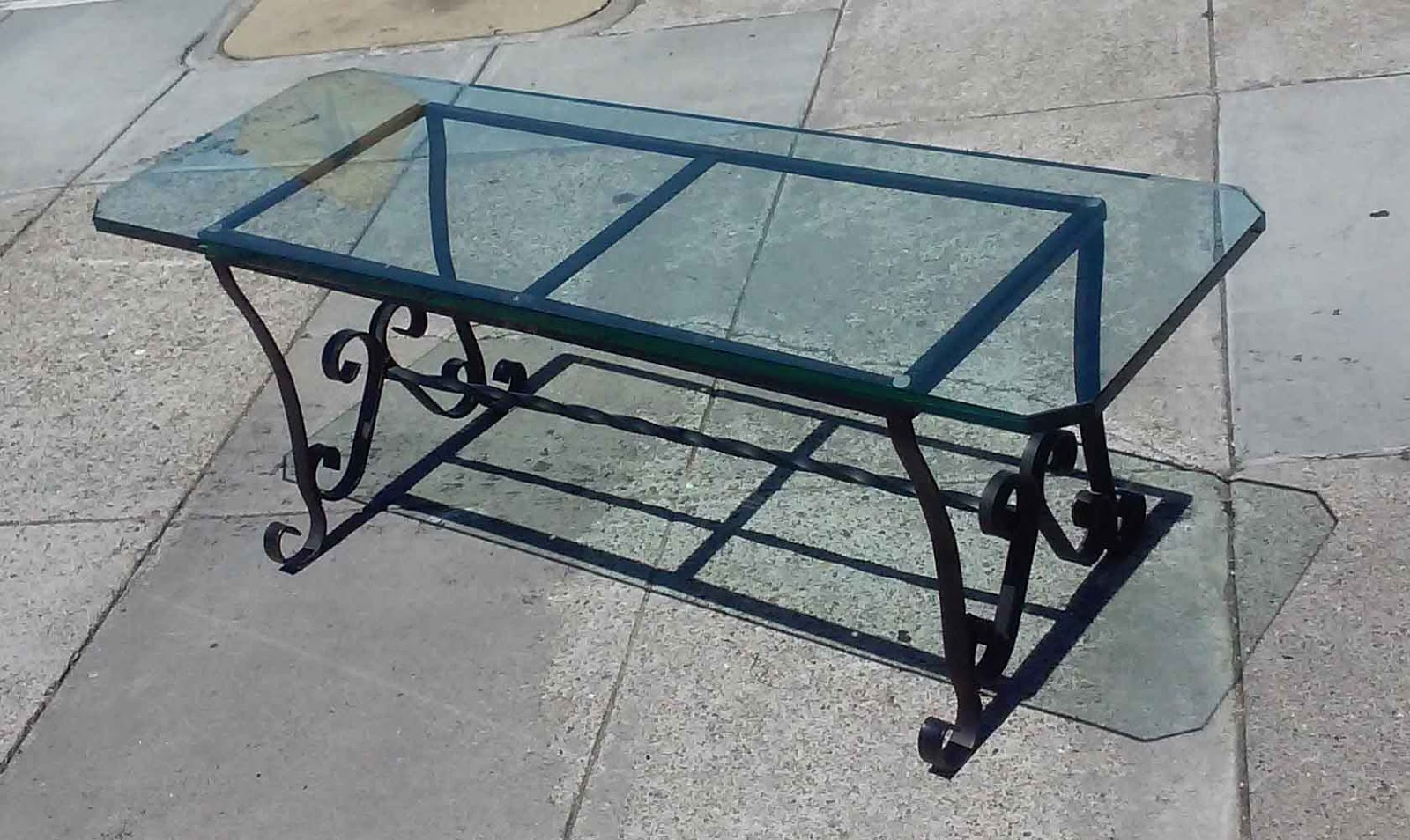 Uhuru Furniture Collectibles Sold Elegant Glass Top Coffee Table 80