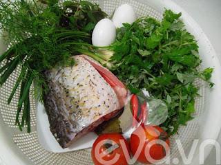 Cá chép hấp lá ngải - Món ngon cuối tuần