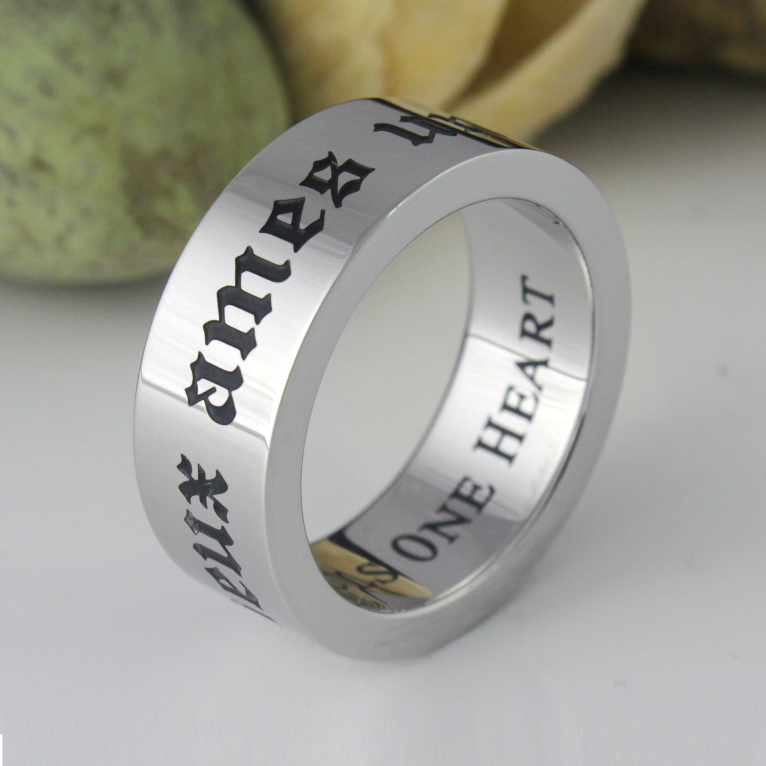 choose engraved promise rings for ring review