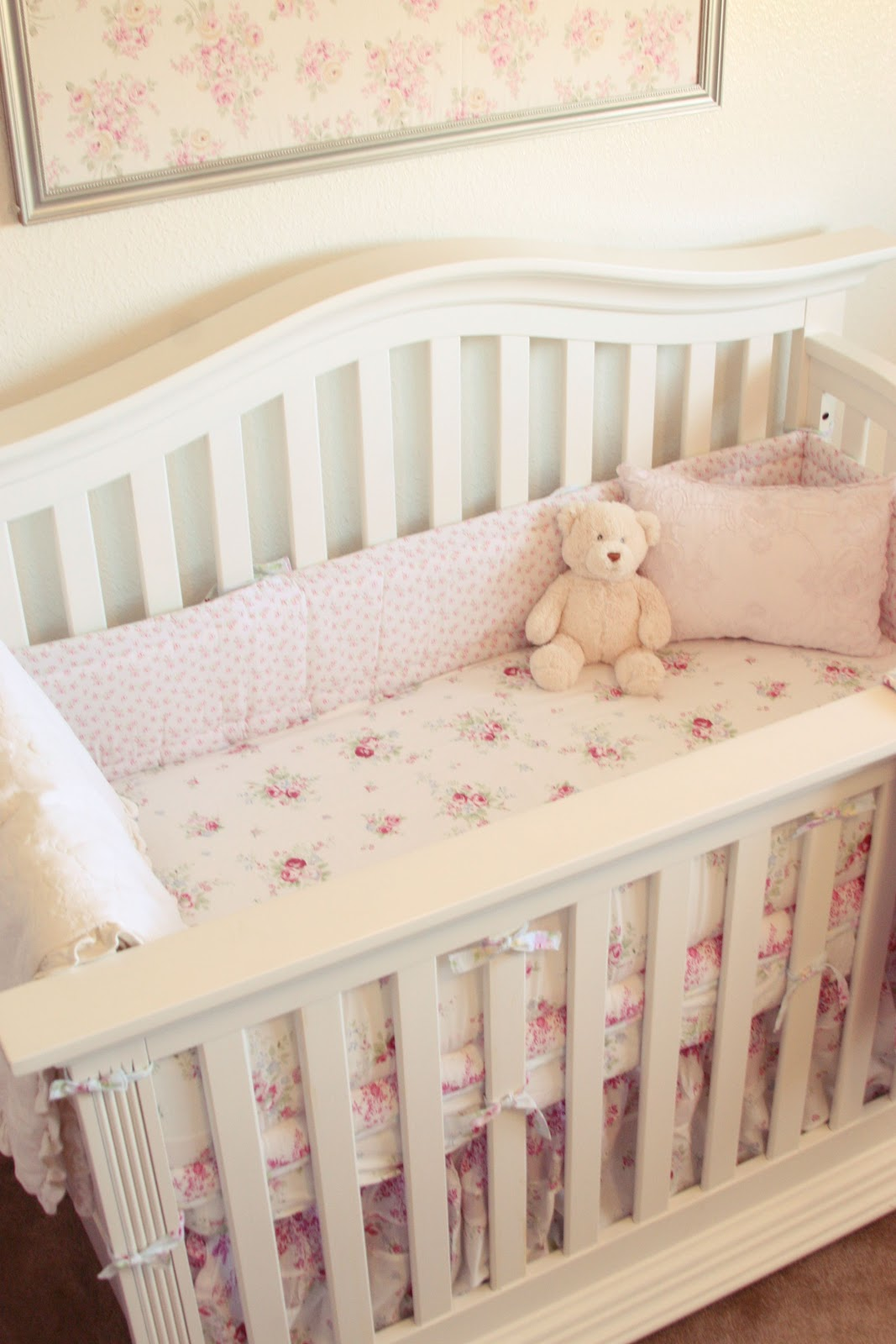 madisyn 39 s shabby chic nursery simply ciani. Black Bedroom Furniture Sets. Home Design Ideas