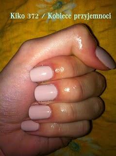 http://femalepleasurelola.blogspot.com/2012/11/slubny-manicure-kiko-372.html